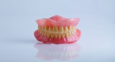5 Common Denture Problems and How to Solve Them