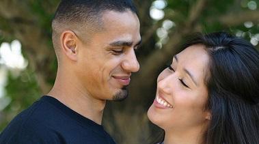 10 ways to make someone smile