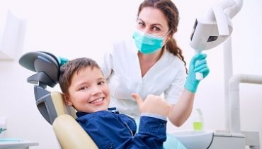 child-dentist-office-happy-379
